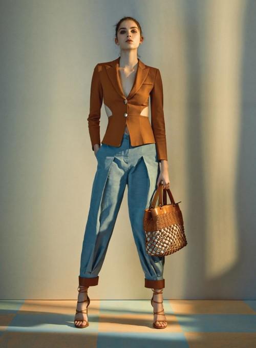 fashion woman report 1
