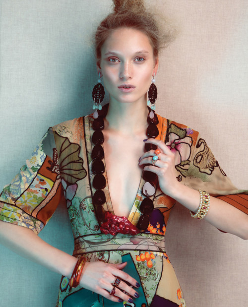 fashion woman report 2