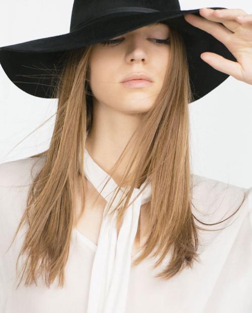 Zara Beauty  – Naomi Gayoso