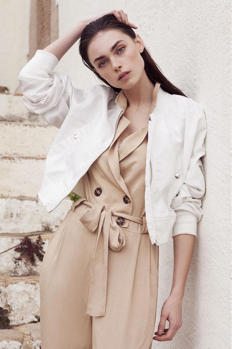 Vanidad Portfolio Naomi Gayoso Talents Coat